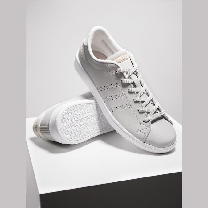 Beigefarbene Damen-Sneakers adidas, Beige, 501-3106 - 19